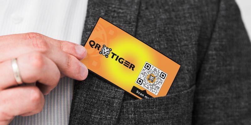 url qr code dynamic in business card