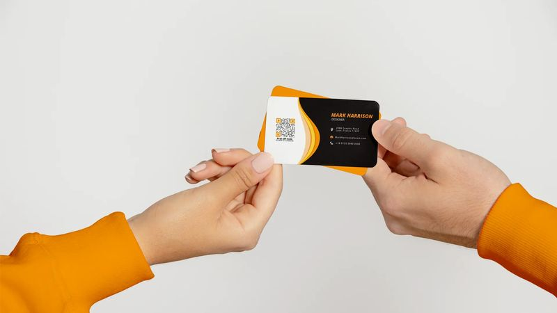 qr codes on business cards linkage with customers