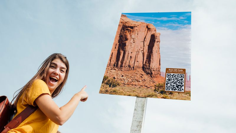 qr code for travel and tourism